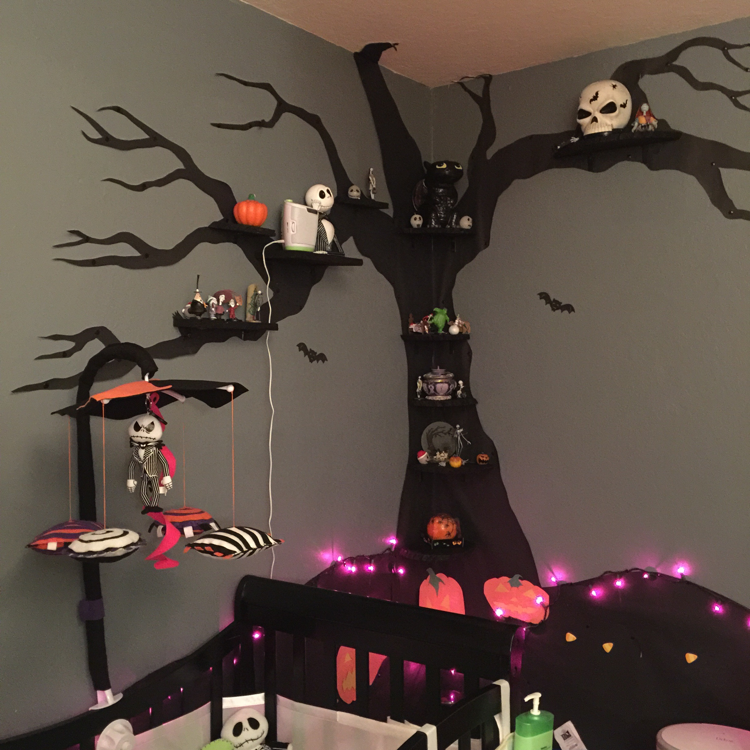 Nightmare Before Christmas Nursery On A Budget The Brain Squirrel